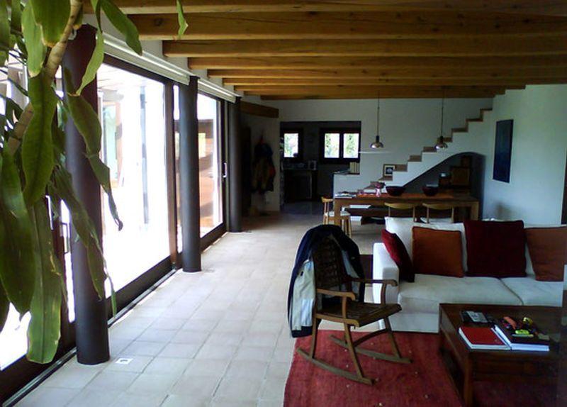 AMOROS ARQUITECTES: 430C-VIVIENDA UNIFAMILIAR AISLADA CON PISCINA