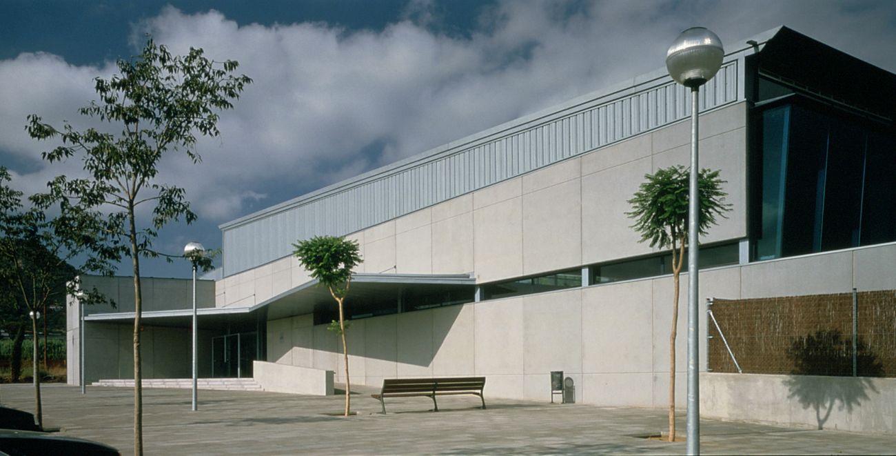 ADEMÀ CANELA COMELLA Arquitectes Associats S.L.P: Piscinas cubiertas municipales de Vilassar de Mar