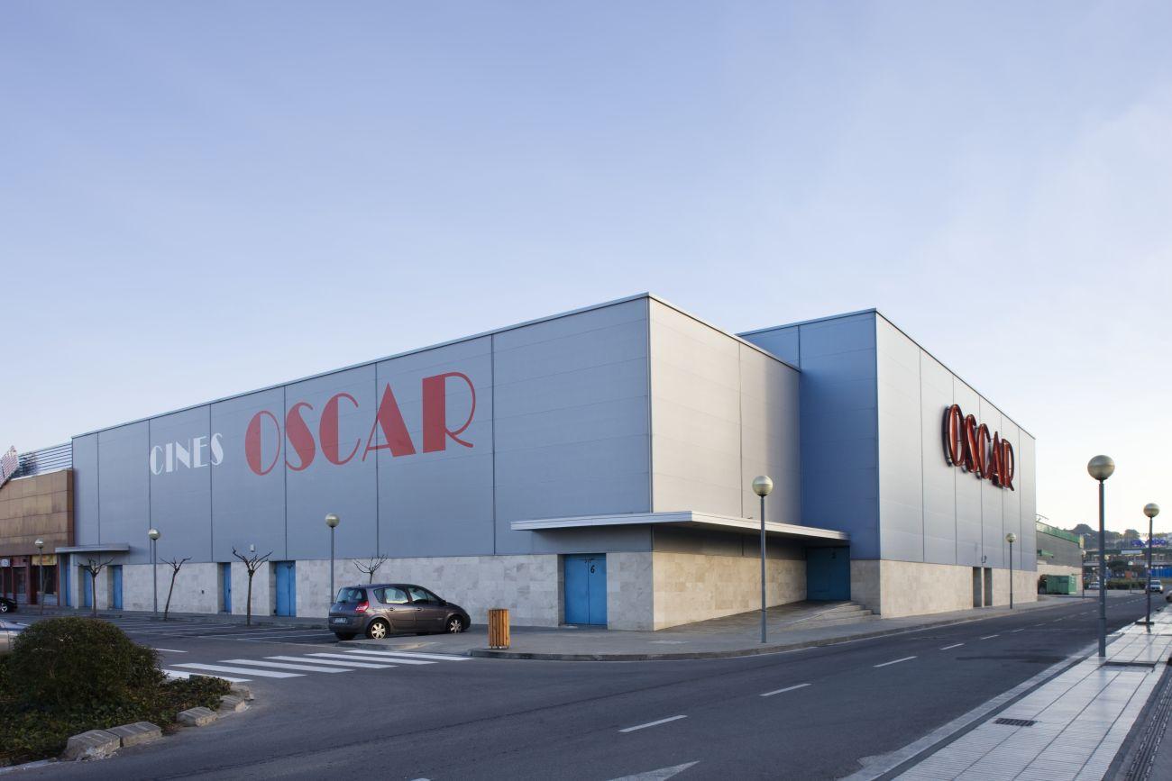 ADEMÀ CANELA COMELLA Arquitectes Associats S.L.P: Salas de Cine en Castell-Platja d'Aro