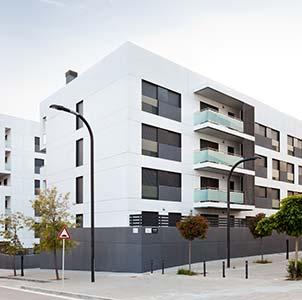 ADEMÀ CANELA COMELLA Arquitectes Associats S.L.P: Conjunto de edificios plurifamiliares en Sant Just