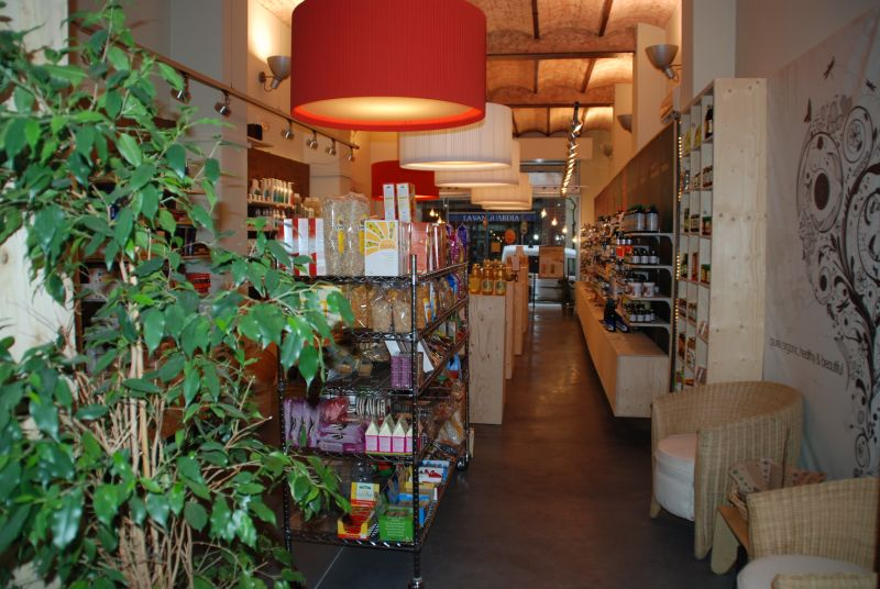 PAVINDUS, S.A.: Pavimento cementoso Pavitron decorativo (comercios)