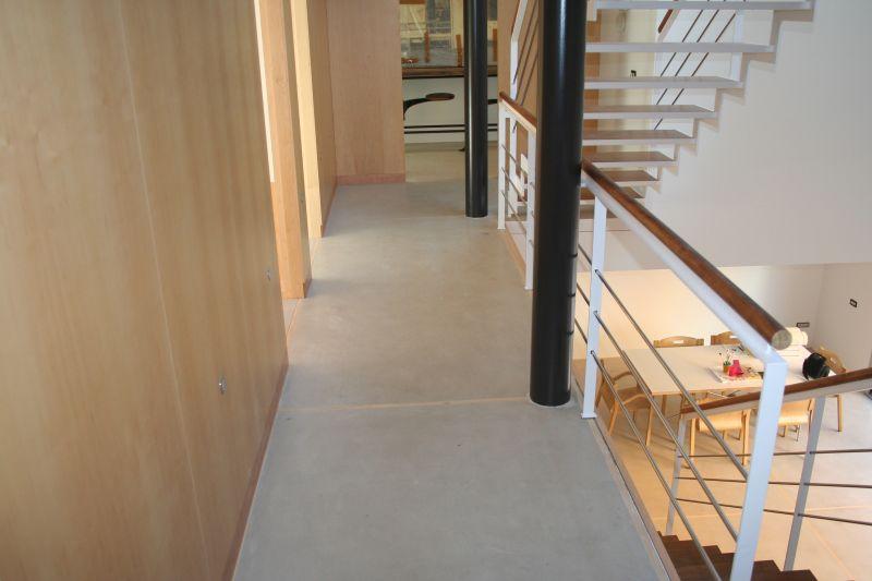 PAVINDUS, S.A.: Pavimento terrazo continuo Wood